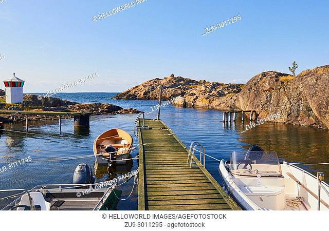 Baltic Sea coast on island of Oja (Landsort), the southernmost point in the Stockholm archipelago, Sweden, Scandinavia