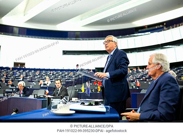 22 October 2019, France (France), Straßburg: Jean-Claude Juncker, President of the European Commission, addresses the European Parliament during the debate on...