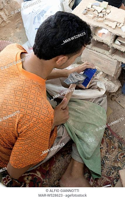 artigianato del mosaico, fes, marocco, magreb, africa