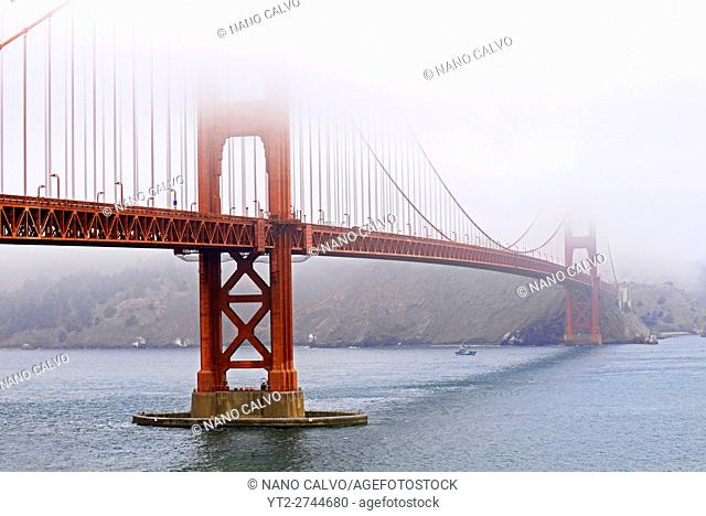 Morning view of popular Golden Gate Bridge, San Francisco