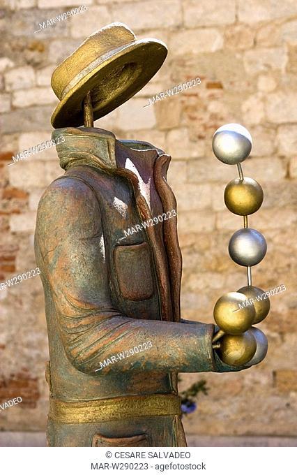 europe, italy, toscana, pietrasanta, sculpture of nicola giannoni