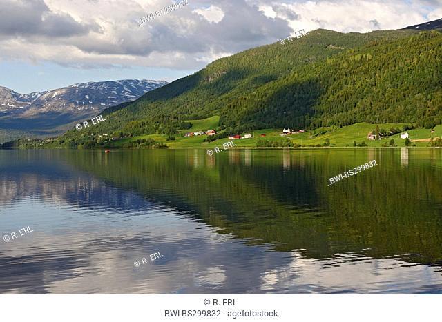 Oppheimsvatnet Lake , Norway