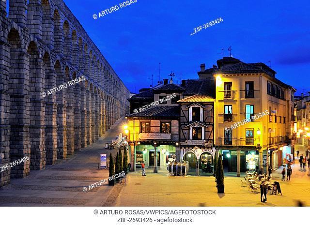 The roman aqueduct bridge and Cándido restaurant in the Azoguejo Place in Segovia, Spain