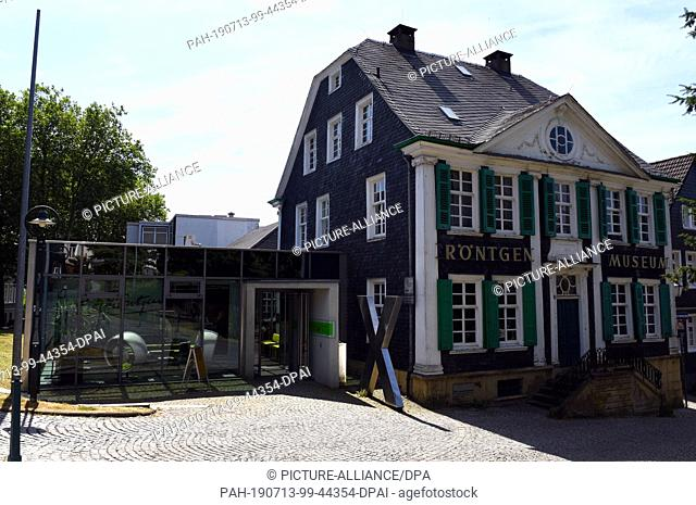 """10 July 2019, North Rhine-Westphalia, Remscheid: The """"""""Deutsches Röntgen-Museum"""""""" gives the visitor a technical and historical overview of the work of the..."""