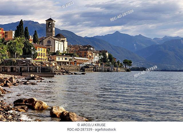 Promenade, Brissago, Lago Maggiore, Ticino, Switzerland