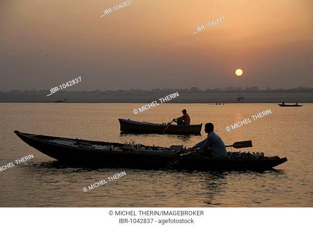 Sunrise over the Ganges river, boats, Varanasi, Benares, Uttar Pradesh, India, South Asia