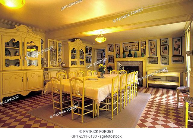 DINING ROOM FROM THE TIME OF CLAUDE MONET, GIVERNY, EURE 27, NORMANDY, FRANCE