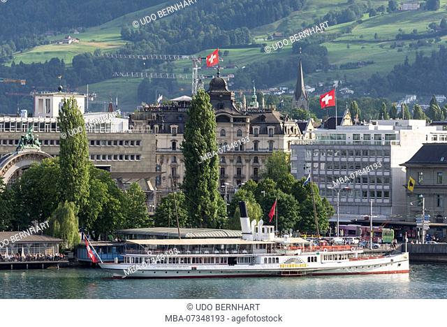 Paddle steamer in front of old town, Lucerne, Lake Lucerne, Canton Lucerne, Switzerland