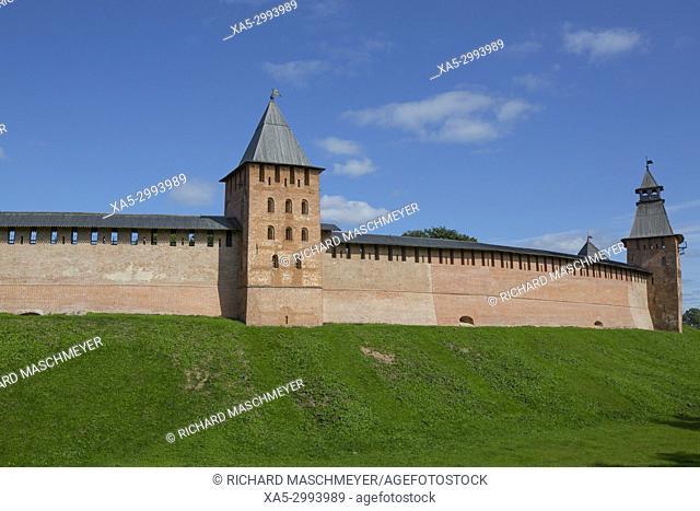 Kremlin Wall with Towers, UNESCO World Heritage Site, Veliky Novgorod, Novgorod Oblast, Russian Federation