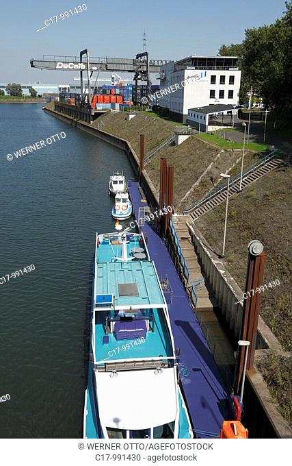 Germany, Duisburg, Rhine, Lower Rhine, Ruhr area, North Rhine-Westphalia, Duisburg-Ruhrort, harbour Duisburg, Ruhr port, Vincke Canal, container port