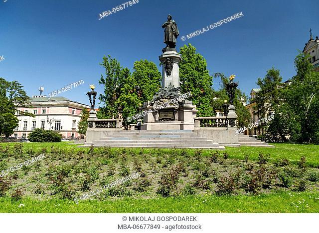 Europa, Poland, Voivodeship Masovian, Warsaw - the capital and largest city of Poland / Adam Mickiewicz monument / Krakowskie Przedmiescie