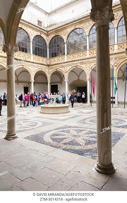 Patio del Palacio de las Cadenas or de Vázquez de Molina. Town Hall of Ubeda. Jaén. Andalusia. Spain