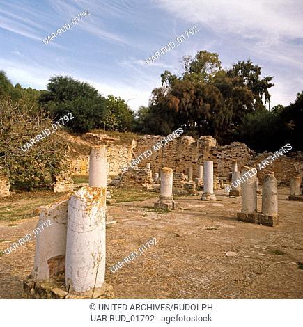 Eine Besichtigung von Sufetula, der Ausgrabungsstätte von Sbeitla, in nord-zentral Tunesien, Tunesien 1970er Jahre. Visitation of Sufetula