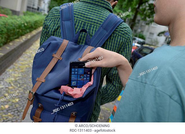 Symbolfoto, Taschendiebstahl