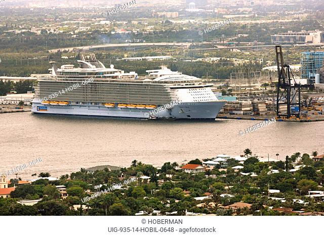 Cruise Ship, Oasis of the Seas, Florida