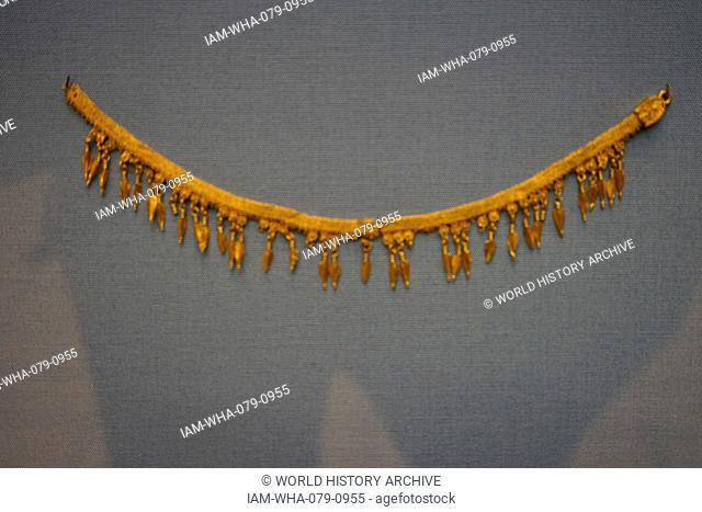 Gold Necklace with beech-nut pendants. From Kyme, Turkey. Dated 330 BC
