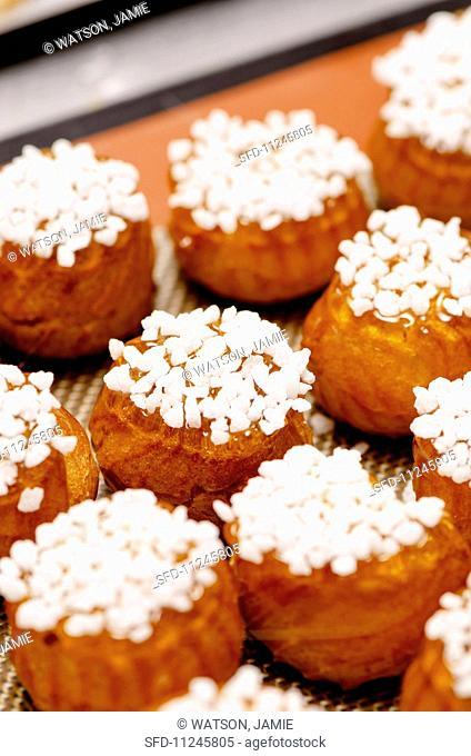 Profiteroles with sugar crystals