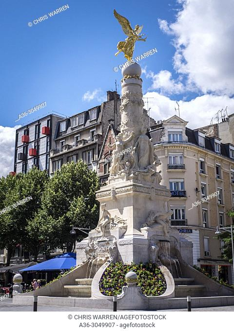 Sube Fountain Place Drouet d'Erlon Reims Marne Grand Est France