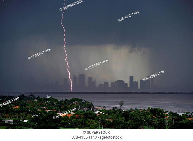 Lightning in Miami Beach