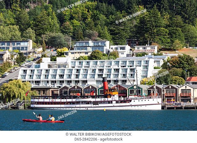 New Zealand, South Island, Otago, Queenstown, harbor view with steamer TSS Earnslaw