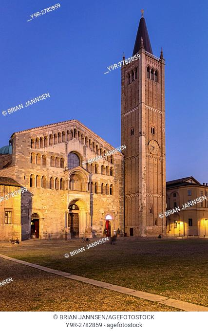 Twilight over the Duomo, Parma, Emilia-Romagna, Italy