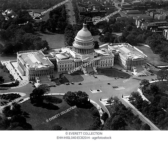 Aerial view of the United States Capitol from south east, ca. 1921-22. (BSLOC-2015-15-85)