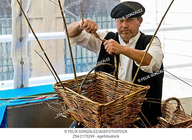 Close-Up basket artisan, Avilés, Asturias, Spain
