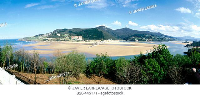 Gernika estuary, Urdaibai Biosphere Reserve, Mundaka, Biscay, Basque Country, Spain