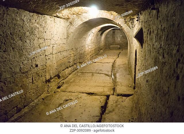 Casafuerte palace is a luxury hotel in Zarraton La Rioja. Underground passageway detail, the old cellar