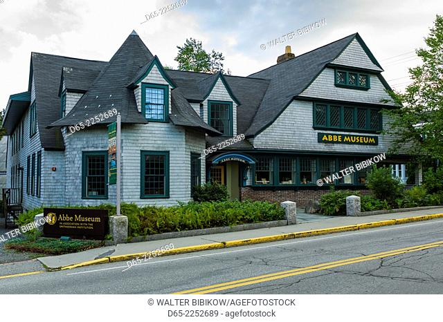 USA, Maine, Mt. Desert Island, Bar Harbor, The Abbe Museum, museum of Native American peoples, exterior