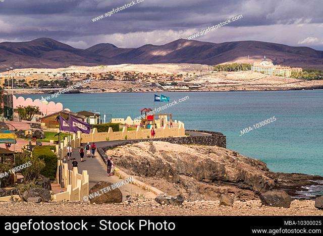 Spain, Canary Islands, Fuerteventura Island, Bahia Calma, beach town view