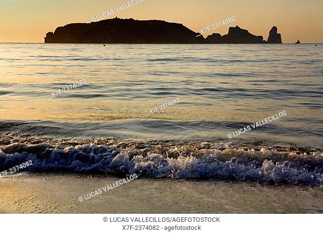 L'Estartit. Gran beach. In background Medes Islands.Costa Brava. Girona province. Catalonia. Spain