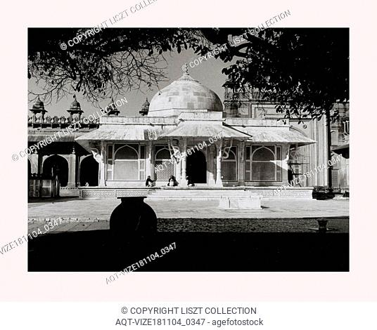 India, Fatehpur SÄ«kri, Jami Masjid, 1968 or earlier, Cities of Mughul India