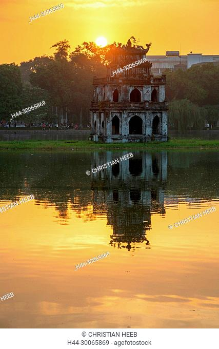 Asia, Asien, Southeast Asia, Vietnam, Northern, Hanoi, Capitol, Hoàn Ki?m Lake, Turtle tower at sunrise