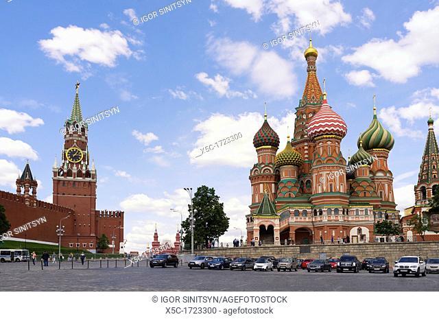 Saint-Basil cathedral and Moscow Kremlin