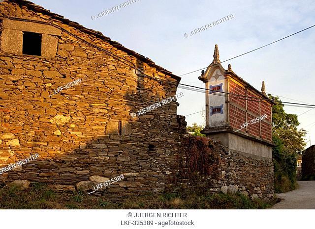 Horreo, Granary storehouse, Vilacha, near Portomarin, Camino Frances, Way of St. James, Camino de Santiago, pilgrims way, UNESCO World Heritage