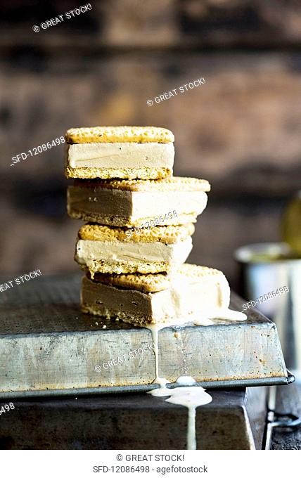 Moerkoffie and condensed milk ice-cream sandwiches with Tennis Biscuits