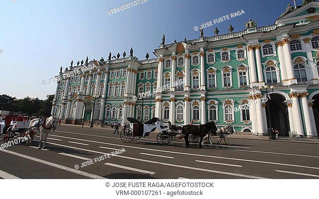 Rusia , San Petersburg City, Dvortsovaya Square and the Winter Palace Bldg
