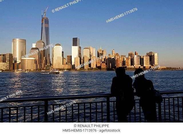 United States, New Jersey, Jersey City, View of Manhattan towers from the quays of Paulus Hook
