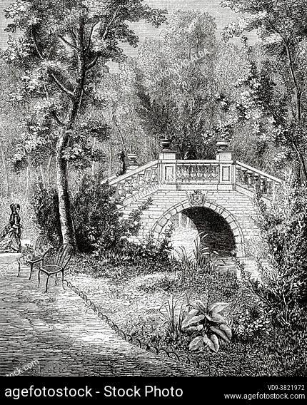 Bridge in Parc Monceau gardens Paris. France. Old 19th century engraved illustration from Histoire de la Revolution Francaise 1876 by Jules Michelet (1798-1874)