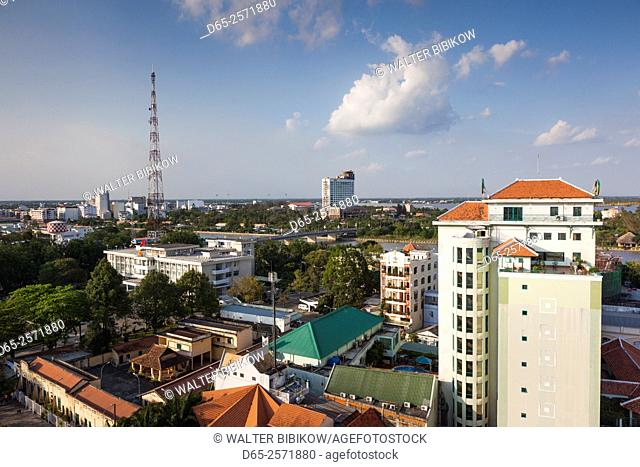 Vietnam, Mekong Delta, Can Tho, elevated city view