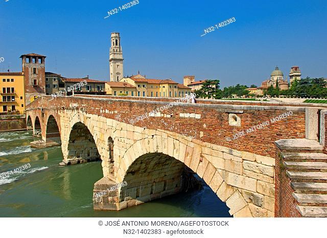 Verona  Duomo  Cathedral  The Stone bridge  Ponte di petra  Adige river  Sant Giorgio in Braida church  Veneto  Italy  Europe
