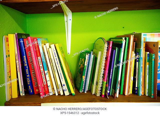 Shelving books in a school