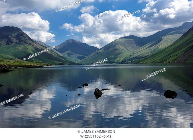 Great Gable, Lingmell, and Yewbarrow, Lake Wastwater, Wasdale, Lake District National Park, Cumbria, England, United Kingdom, Europe