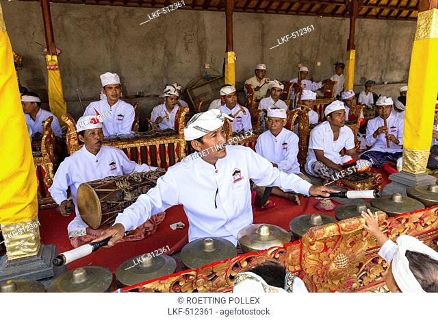 Gamelan ensemble, Odalan temple festival, Sidemen, Bali, Indonesia