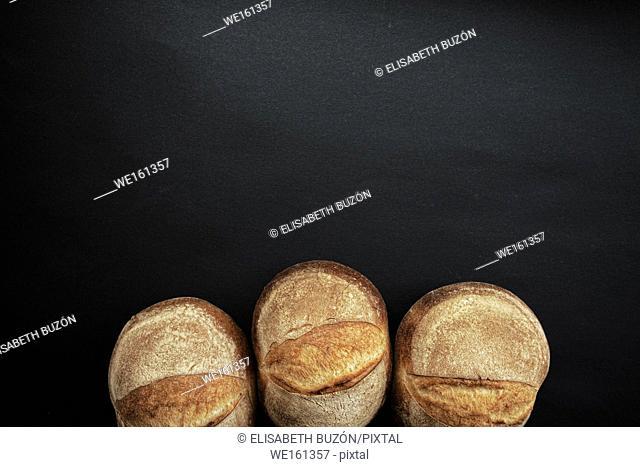 Rustic round buns