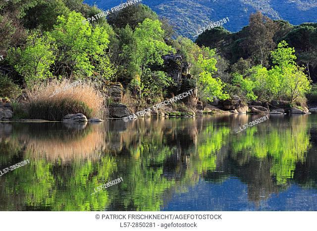 Rio Jándula in Sierra de Andújar National Park , Andalusia, Spain