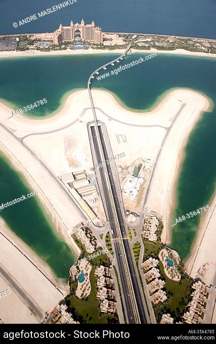 Helicopter view of Atlantis hotel on the Palm Jumeirah in Dubai. It's hard to sell. Photo: André Maslennikov
