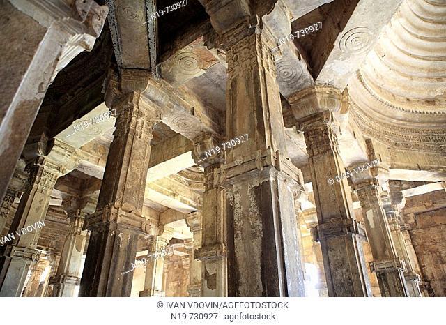 Mosque (15th-16th century), UNESCO World Heritage site, Champaner, India