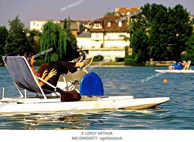 France, Ile de France, Enghien les Bains, pedal boat
